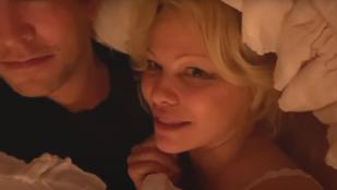 Pamela Anderson férjével, az ágyában fetrengve adta az első interjúját a legutóbbi házasságkötése óta