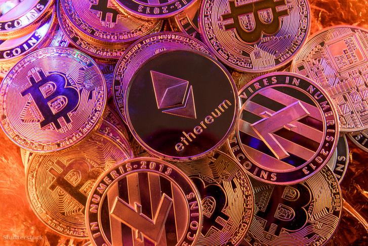 Kriptovaluta-szimbólumok érméken