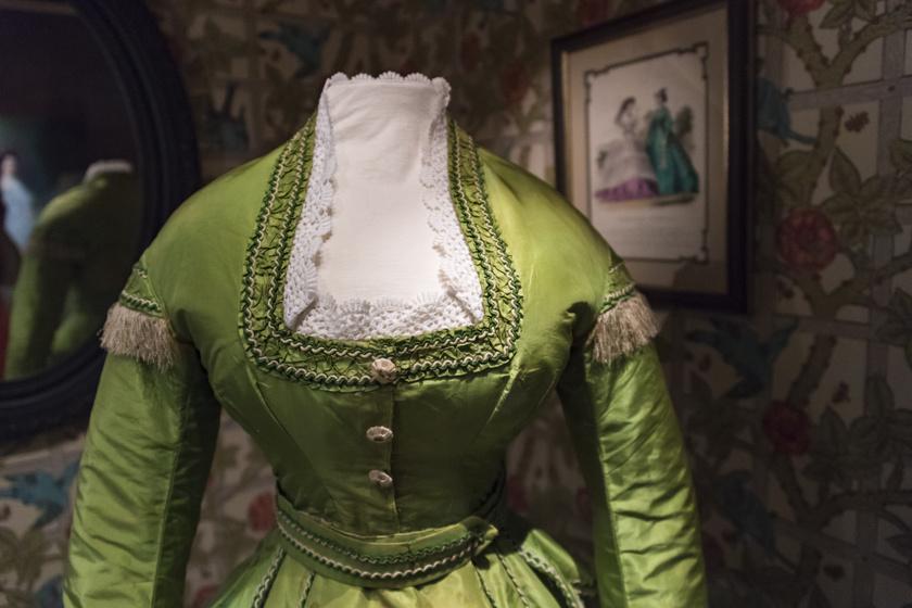 zöld-ruha2