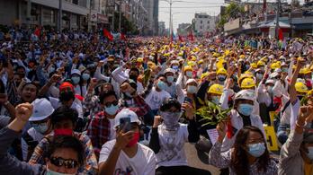 A Facebook a mianmari tüntetők oldalán áll