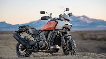 Itt a Harley 150 lóerős túraendurója, a Pan America