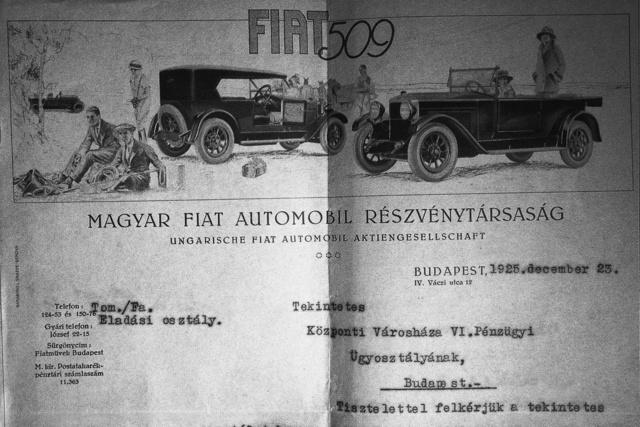 A húszas évek divatját követő Fiat levélpapír