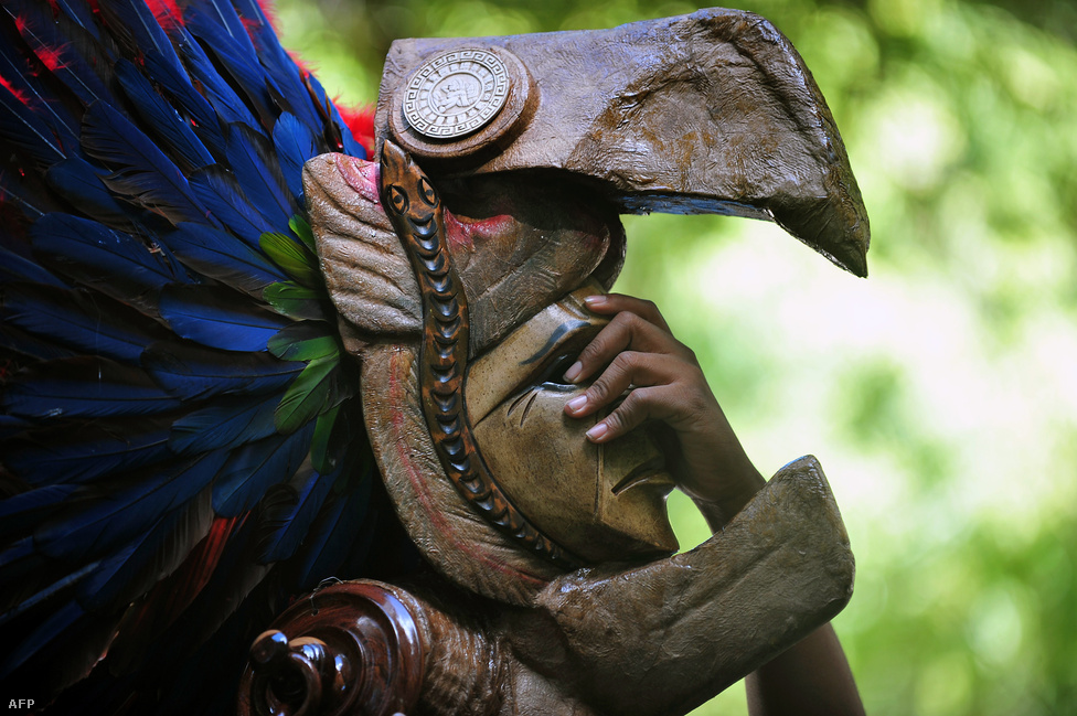 Nem jött el a világvége december 21-én, pedig sokan, sokféleképp várták. A maja naptár új ciklusban indult újra, a világ pedig megmenekült.