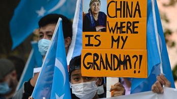 Kanada szerint is népirtás, amit Peking az ujgurokkal csinál