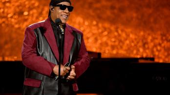 Stevie Wonder Ghánába költözik