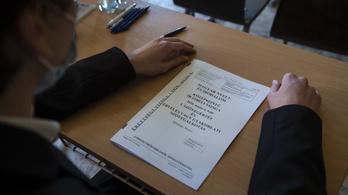 Magyartanárok Egyesülete: 80 éves visszalépés az érettségi feladatok átszabása