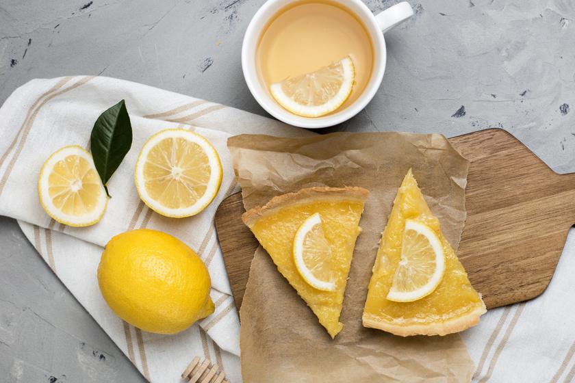 Abbahagyhatatlanul finom citromos pite: az omlós tésztán lágy krém terül el