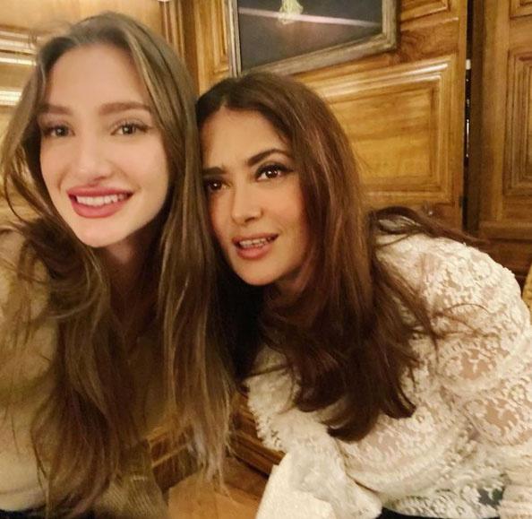 Salma Hayek ezzel a fotójukkal köszöntötte fel Mathildét 20. születésnapján.
