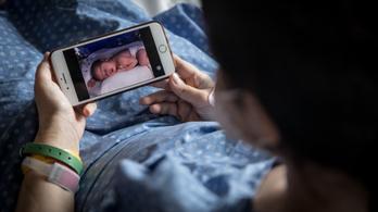 Védi a csecsemőt a Covid-fertőzött kismama anyateje
