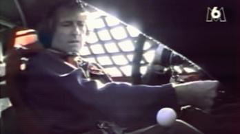 Nézd, hogyan küzd meg Jacques Laffite a Ferrari F40-essel!