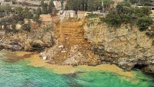 Olaszországban leszakadt egy temető alatti sziklafal, a tengerből kellett kihúzni a koporsókat