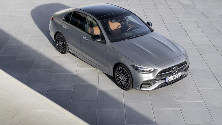 Itt az új Mercedes C osztály