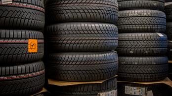 A gumiabroncsok okozták a pécsi közlekedési vállalat vezetőjének vesztét