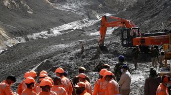 Több mint 130 embert továbbra sem találnak az indiai gleccserszakadás után