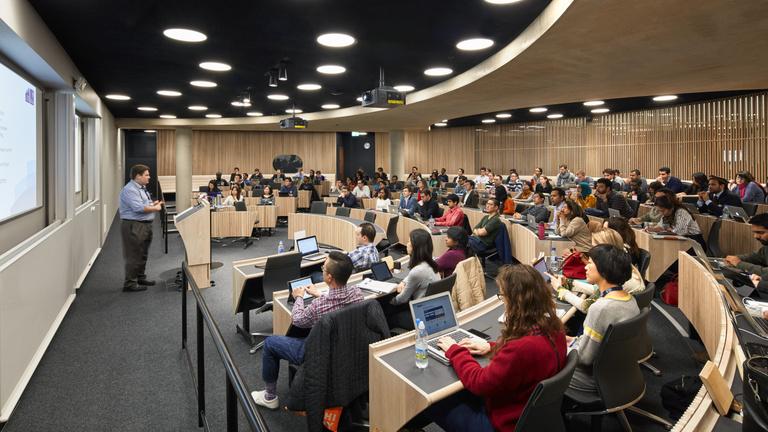 A magyar diákok továbbtanulását is kinyírja a brexit?