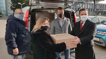 Magyarország lélegeztetőgépekkel segíti a galántai kórházat