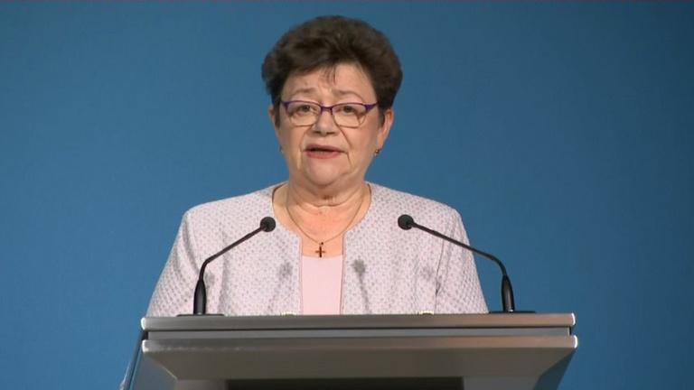 Müller Cecília: Aki már védett, szabadulhat a korlátozások alól