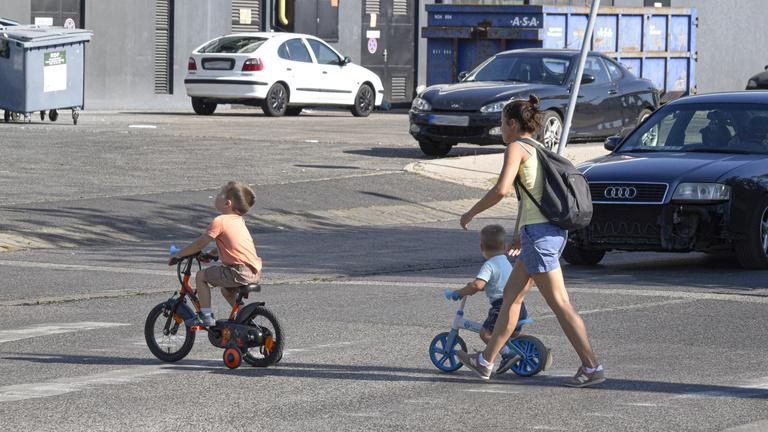 Közlekedési ismeretek: idővel kötelező tananyag lehet az általános iskolákban