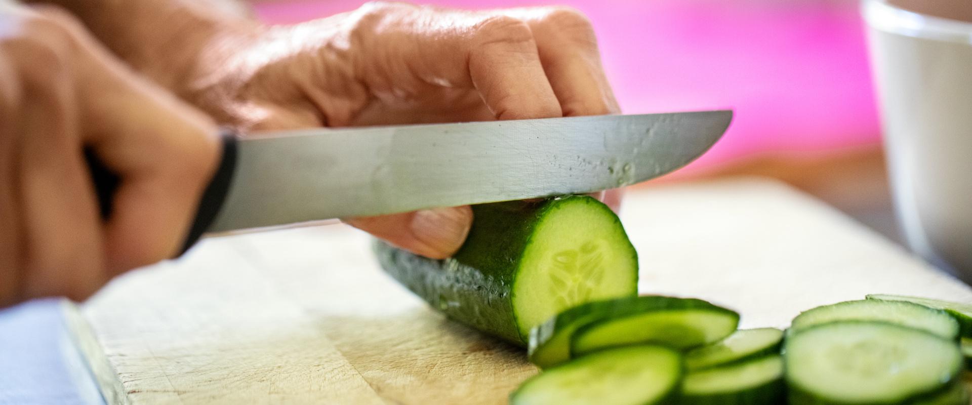 vágódeszka kés cover
