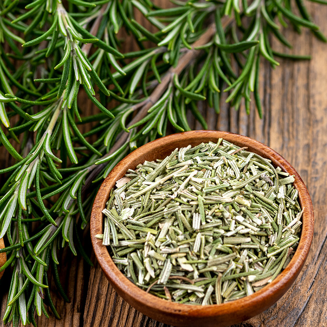 Az illatos rozmaring nem csak fűszer: frissítően hat az agyra és javítja a vérkeringést