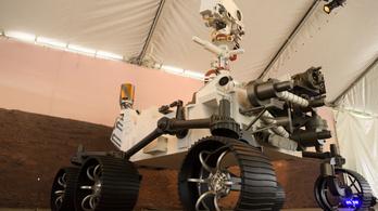 Titkos üzenetet rejtettek a NASA marsjáró ejtőernyőjébe