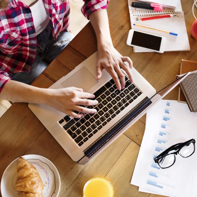 10-ből 9-en otthonról dolgoznának a járvány után is: csökkent a stressz a home office-ban