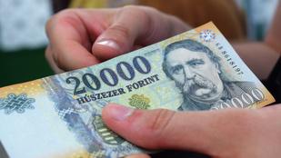 96 hónapja nőnek a bérek, decemberben 450 ezer forint volt az átlagkereset