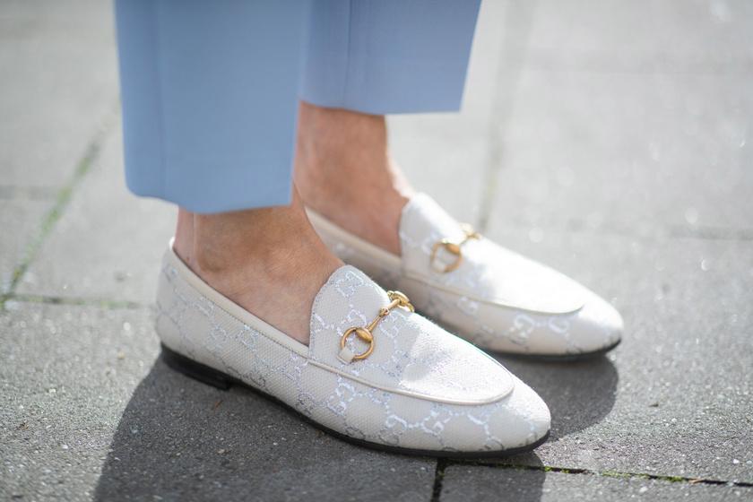 10 nőies, kényelmes cipő tavaszra, amiben nem fog fájni a lábad: árakkal, lelőhelyekkel mutatjuk őket