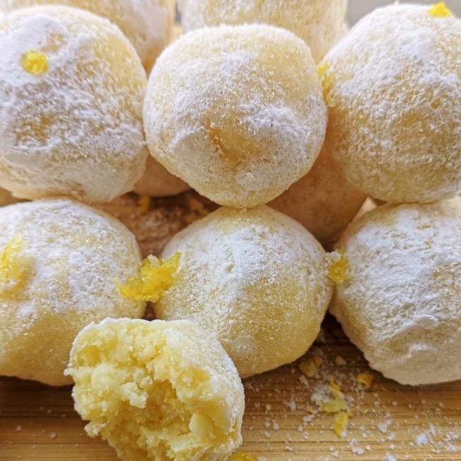Puha, citromos trüffelgolyó – Sütés nélkül, villámgyorsan készül