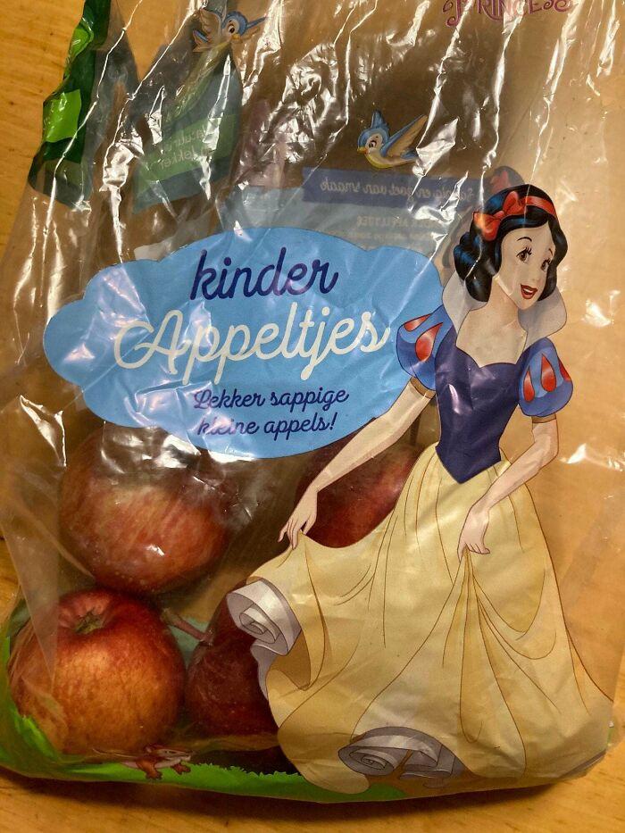 Lássuk be, nem túl szerencsés egy olyan karakterrel reklámozni az almát, akit pont ez a gyümölcs mérgezett meg.