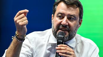 Matteo Salvininek elege lett a bezártságból