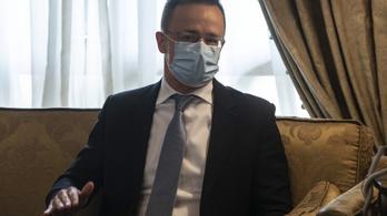 Szijjártó Péter inkább nem akarta kommentálni, hogy a lengyelek elutasítják az orosz és a kínai vakcinákat
