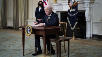 Biden feltámasztaná az amerikai félvezetőgyártást