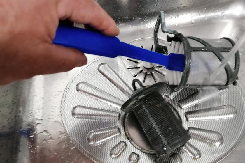 mosogatógép filter tisztítás belső