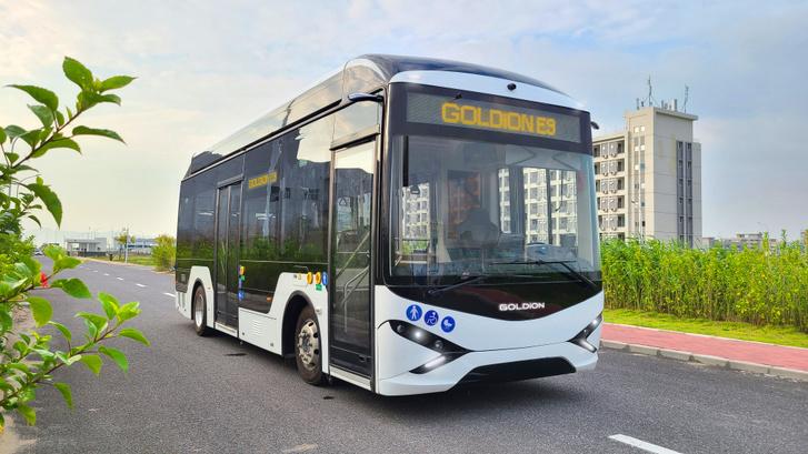 A 8,5 méteres E9-es prototípusa még Kínában
