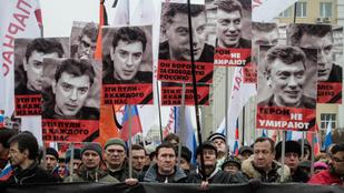 Ezrek tüntettek Moszkvában Borisz Nyemcov meggyilkolásának évfordulóján