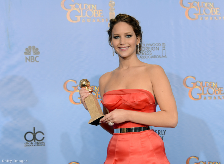 Jennifer Lawrence a 2013-as Golden Globe-díjátadón. (Ruha: Christian Dior Couture)