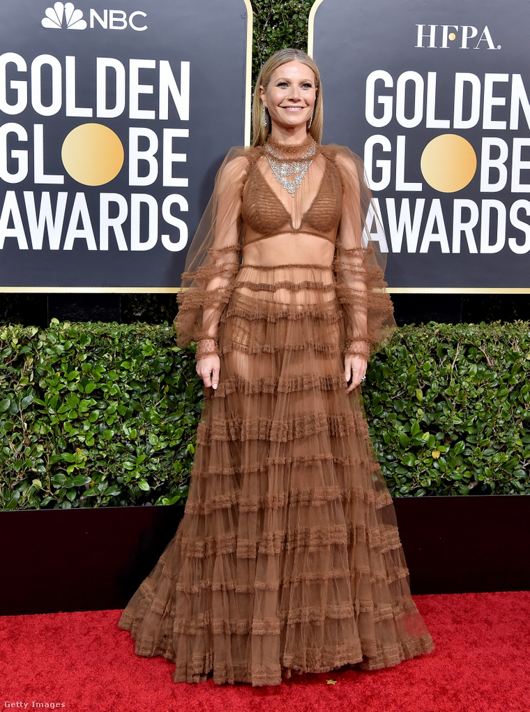 Gwyneth Paltrow a 2020-as Golden Globe-díjátadón. (Ruha: Fendi)