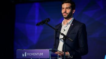 Jacht- és magángépadóval készül kormányzásra a Momentum