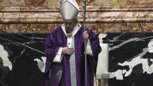 A járványügyi szakértők nem tartják jó ötletnek a pápa iraki látogatását