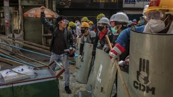 Tizennyolc halálos áldozata van a mianmari tüntetéseknek