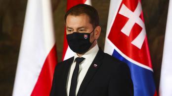 Szlovákia szigorít: jön a lezárás és a kötelező FFP2-es maszk