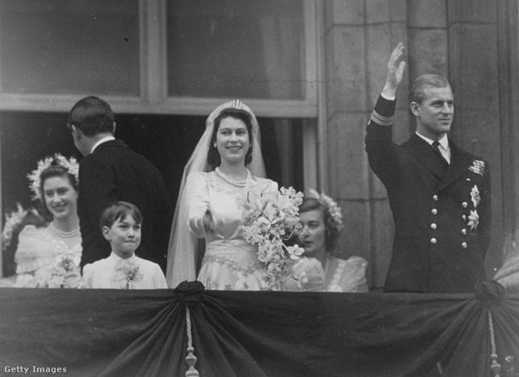 Erzsébet és Fülöp esküvőjük után 1947-ben