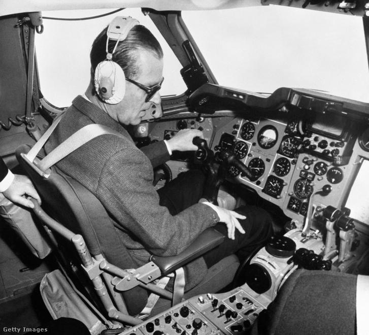 Fülöp repülés közben 1964-ben