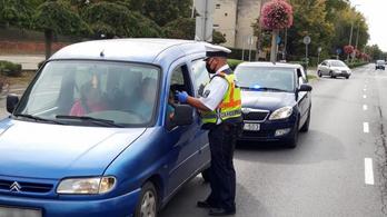 Civil autókkal ellenőrizték a forgalmat Somogyban