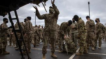 Dollármilliárdokat tapsoltak el az amerikaiak Afganisztánban