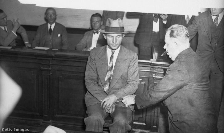 A Lindbergh-ügy egyetlen vádlottja és elítéltje: Bruno Richard Hauptmann. Az ítélet után halálra ítélték és villamosszékben halt meg
