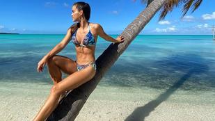 Gelencsér Tímea bikiniben köszönti a márciust