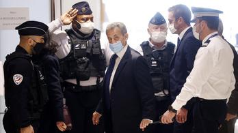 Korrupció miatt letöltendő börtönbüntetésre ítélték Nicolas Sarkozyt