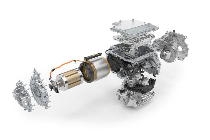 A BMW iX3 tekercselt forgórészű szinkronmotorja. Jól látható a csúszógyűrűkhöz vezető kábel